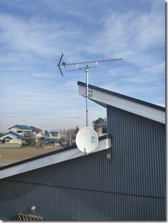 鴻巣市屈巣F様 アンテナ工事完了。