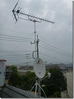 鴻巣市天神F樣 アンテナ工事完了。